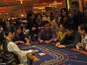 Macau average minimum bet now at $270