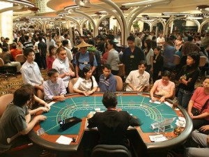 Macau revised revenues for year down to 21%